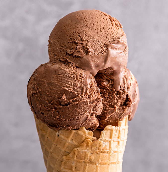 Lakes Ice Cream Classic Chocolate Flavour