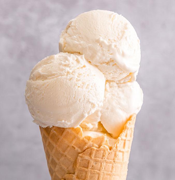 Lakes Ice Cream Classic Vanilla Flavour