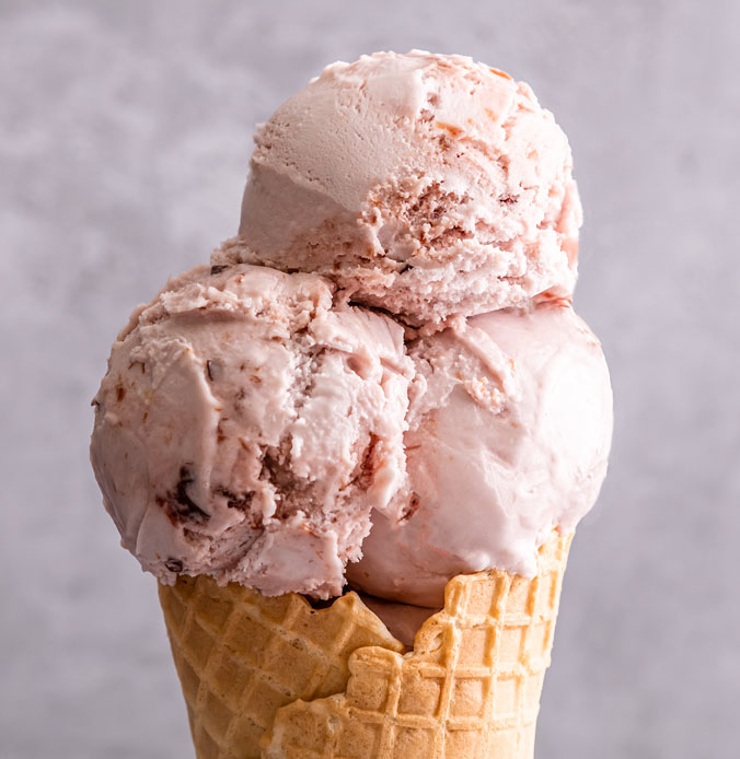 Lakes Ice Cream Plum and Damson Flavour